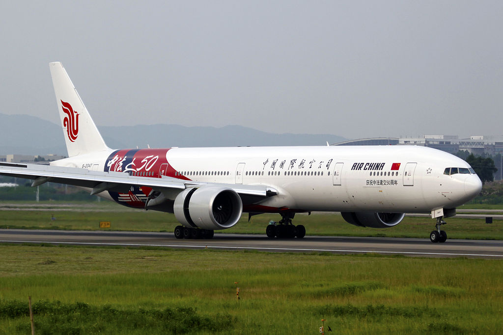 B-2047_-_Air_China_-_Boeing_777-39L(ER)_-_50_Years_of_Chinese-French_Diplomatic_Relations_Livery_-_CAN_(14768028322).jpg