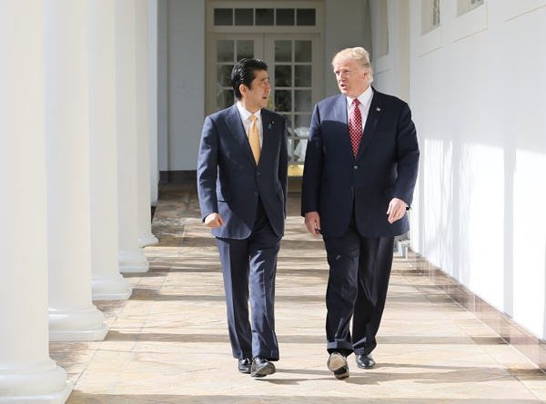 Shinzō_Abe_and_Donald_Trump_in_Washington,_D._C._(5).jpeg