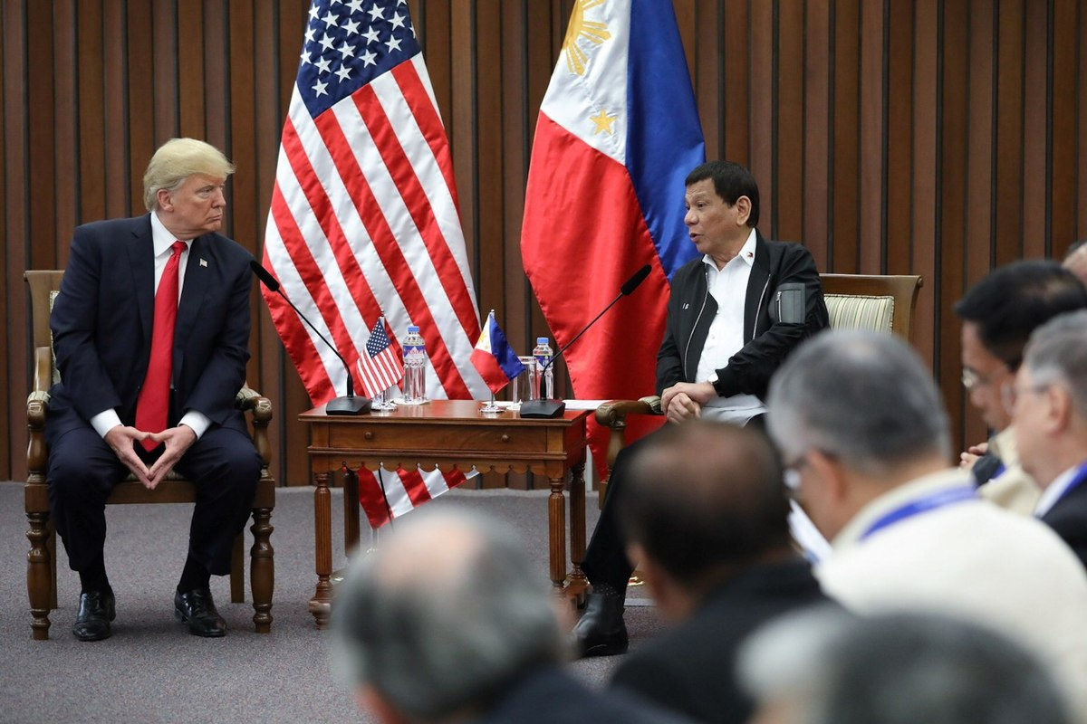 1200px-Donald_Trump_and_Rodrigo_Duterte_in_Manila_(3).jpg